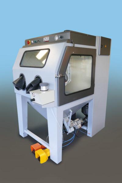 NormFinish Straalcabine met XS Precision Blaster machine