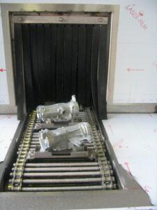 Pieces positionnees - tunnel de lavage